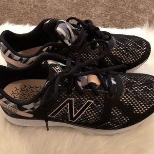 Brand New! New Balance Vazee Transform trainers 8